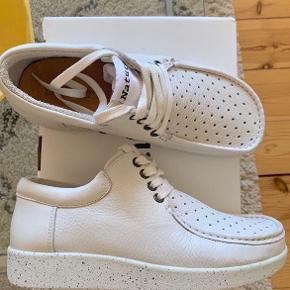 Sko fra Nature Footwear, aldrig brugt kun prøvet på. Nypris 1200 Pris kan forhandles  #trendsalesfund