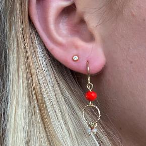 Søde øreringe fra Pilgrim ✨