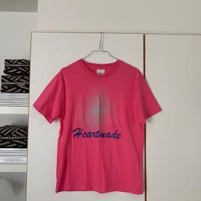 Heartmade / Julie Fagerholt t-shirt