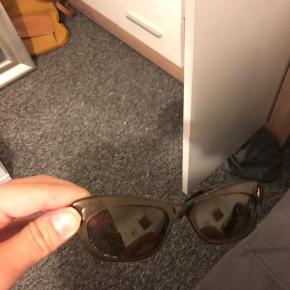 """""""Cat eye"""" vintage solbriller!  Giver mængderabat, tjek profilen ud💞"""