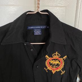 Sort Ralph lauren sport skjorte. Str 4.   #trendsalesfund