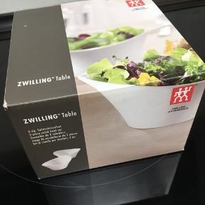 2 stk. salat skåle fra Zwilling, aldrig været brugt.