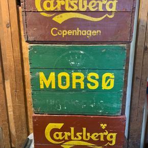 Grøn ølkasse med patina. Har tre kasser i alt (se billede 2).