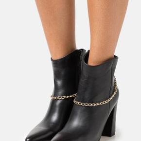 Y.A.S støvler