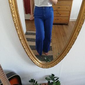 Blå Jeans kassebukser fra H&M str 34. Brugt få gange, fra dyre-røgfrit hjem
