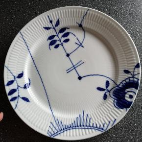 Mega mussel mønster 3, malet i Danmark (Sjælden) - meget lidt brugsspor, se sidste billede. Pris 600 kr plus porto (prisen er fast og ikke til forhandling)