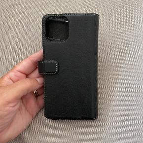 Læder etui til iPhone 11 pro  Rum til kort og sedler  Magnet så cover kan tages af