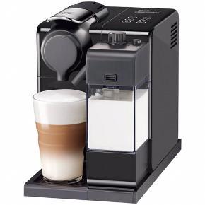 Nespresso Lattissima Touch kaffemaskine, som fungerer upåklageligt! Maskinen er fra august 2017 (bonen og papir medfølger).  Der medfølger også mælkeskummer og en afkalkningskit.