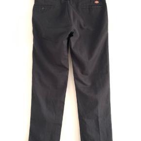 Carhartt bukser model 873. Fin stand ikke brugt særlig meget. Str. 34/34