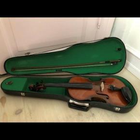Smuk Violin