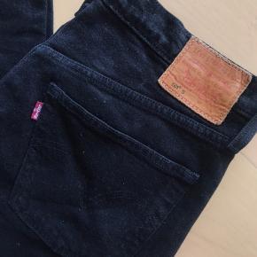 Helt nye levis bukser model 501. Kun prøvet på. Str w30 l32