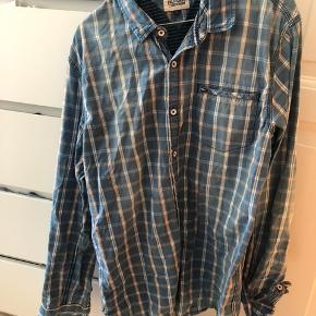 Ternet skjorte fra Hilfiger Denim, nypris 700,-