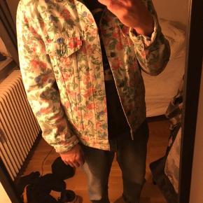 Suprême x levis jakke fra en Fall kollektion et par år tilbage, virkelig virkelig fed og sindssygt god kvalitet