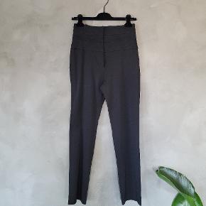 Yves Saint Laurent bukser