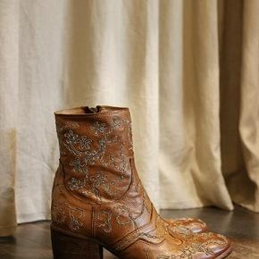 Fauzian Jeunesse støvler