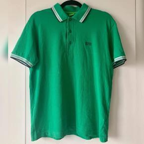 Poloshirt i str m sælges  Brugt kun få gange og har dermed perfekt stand  Mp 200kr