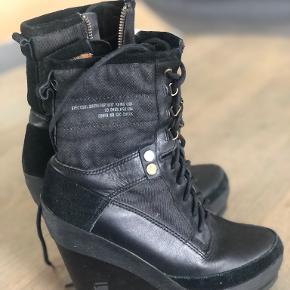 G-Star Raw heels