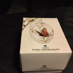Royal æg i original æske med rede og bånd . 2013 SOMMERFUGL (1249 926) Sender + Porto 39 kr