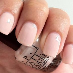 ❗️SELLOUT ❗️Closing shop  OPI nail lacquer Pink with a touch of peach Opened bottle, but not used 💫  #sundaysellout