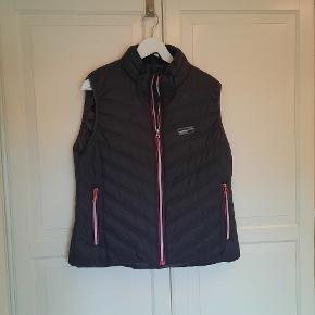 Basecamp vest
