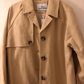 Fin jakke fra Envii, aldrig brugt :-) kom med et bud