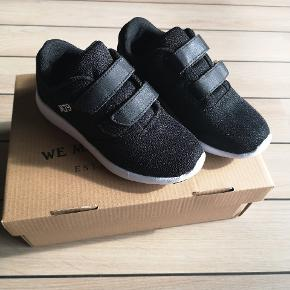 M79 sneakers