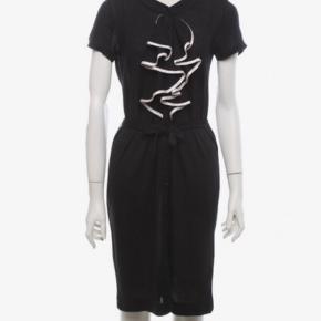 Viktor & Rolf H&M kjole. Bæltet mangler desværre