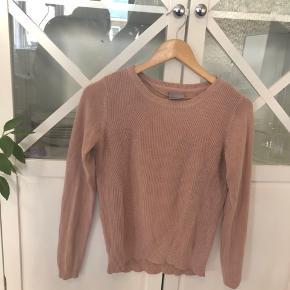 Sød bluse/sweater fra Only 🌻