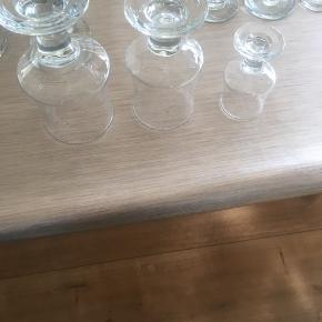 God stand. Glas i tre str 12 af hver af de store og 15 små. Byd