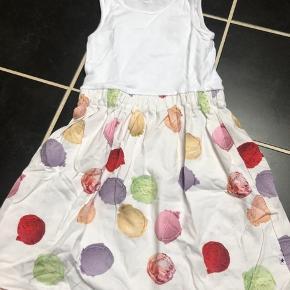 Smuk kjole med is kugler- kun brugt 1-2 gange, mp 200