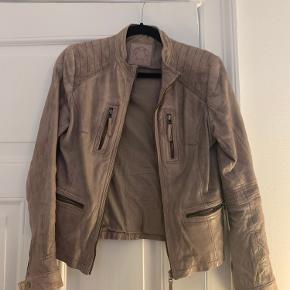 Fur/Leather coat
