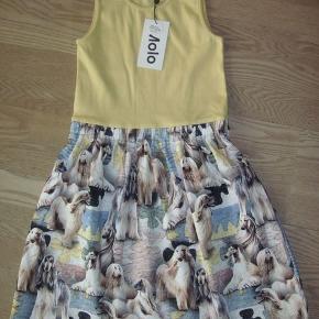 Sød sommer kjole. Str 134/140 NY Kan sendes med DAO for 36.-
