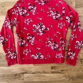 Super fin blomstret sweatshirt fra Divided.
