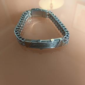 Helt nyt diesel sølv armbånd ny pris 999 min pris 500kr