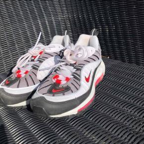 Sælger disse fine sko fra Nike i en størrelse 37. ✨👏🏼