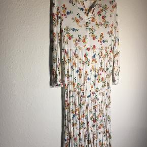 Last Queen kjole