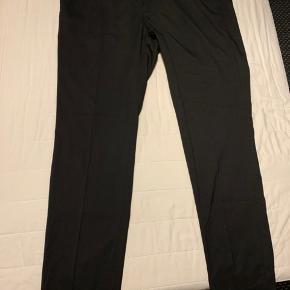 Aldrig brugte fine H&M bukser. Byd