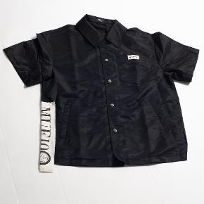 MUF10 skjorte