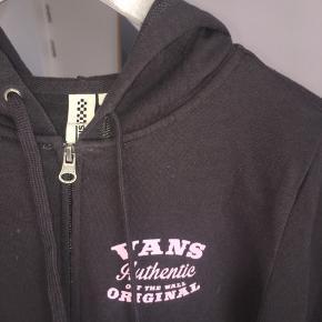En blød hættetrøje fra Vans. Aldrig brugt  #30dayssellout