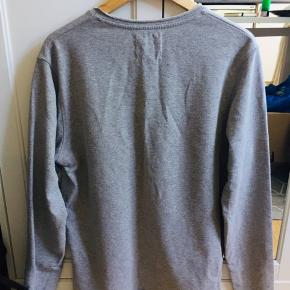 Grey J&J Sweater, Size M. Sleeve length - 67 cm Bottom to top - 69 cm  Used only a few times, in great condition.  PM for any further info :).