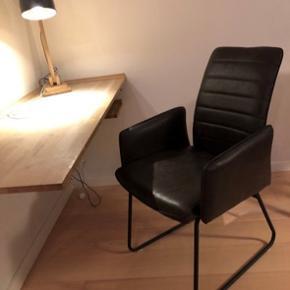 Super flotte stole som kan bruges som ekstra stol i et rum, til kontorplads, til spisebordet.