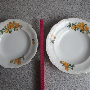 Dybe tallerkener fra KPM Rubens. Mønster Fritz Kraul.   11 stk dybe til frokost, dia: 21 cm 2 stk dybe til middags, dia: 24 cm.  Sælges samlet.   Sendes ikke men kan afhentes på adressen
