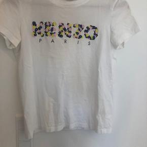 Kenzo t shirt Str S men lille i størrelsen svarer til en XS