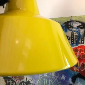 "Super fed retro gul ""værksteds""loftslampe Louis Poulsen"