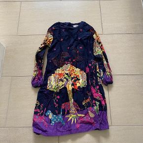 Aya Naya kjole
