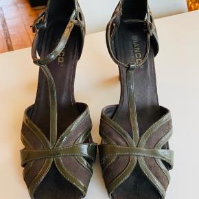 Fede retro sko- aldrig brugt uden dørs.  Bare ikke mig.