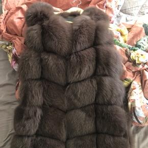 Ægte pels sælges nypris 5500kr sælges for 1300kr