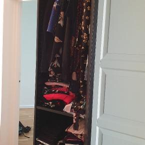 Garderobeskab 50x300cm