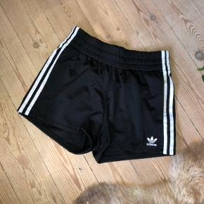"Used 1 time. ""Boxer shorts"" ADIDAS ORIGINALS"