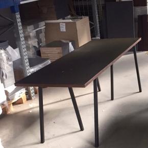 Hay Loop Spisebord eller skrivebord fra hay. 70 x200